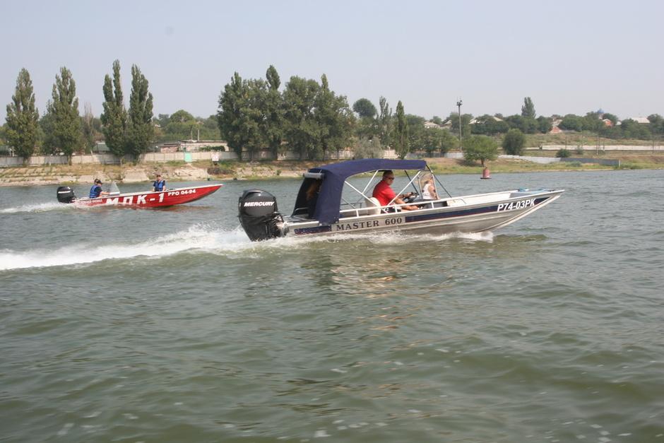 лодочные моторы в новочеркасске